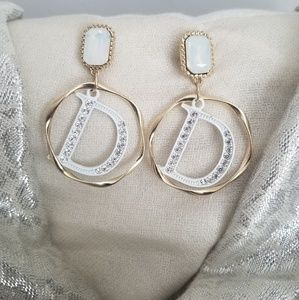 D. gold white fashion jewelry